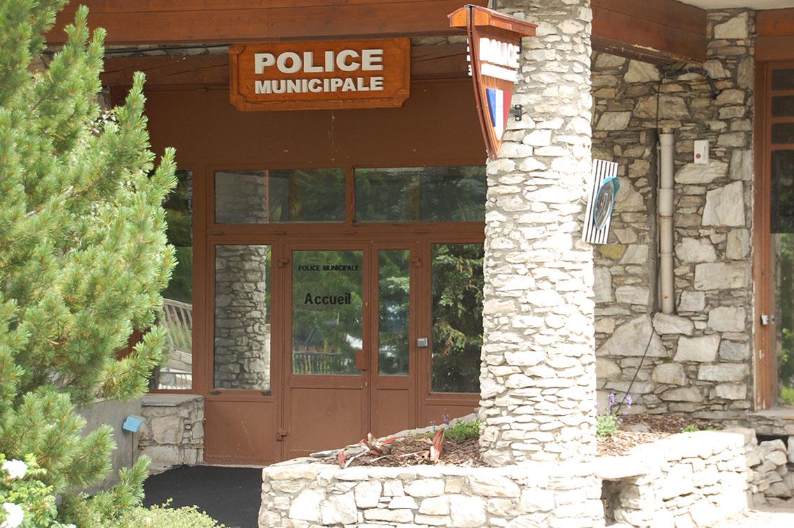 entrée police municipale val d'isere